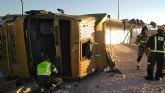 Un herido en accidente de tráfico al volcar un camión en la RM-423, en Fortuna