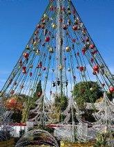 El Árbol de Navidad acoge mañana la recogida de juguetes de Onda Regional