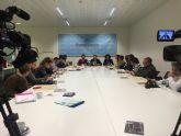 El Alcalde de Torre-Pacheco acompañado de miembros de su equipo de gobierno recibe a los medios de comunicación