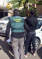 La Guardia Civil detiene en Fuente Álamo a un joven dedicado a atracar comercios