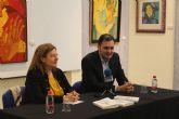El magistrado Salvador Calero, presenta 'La Aldea de las Casas de Cartón'