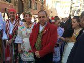 La consejera de Cultura asiste a la misa huertana