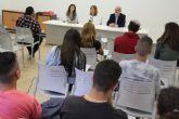 Cruz Roja imparte un curso de servicio básico de restaurantes dirigido a jóvenes desempleados