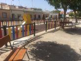 Descentralizacion destina mas de 7 mil euros de inversion a la plaza Manuel de Falla de la Barriada San Cristobal