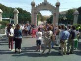 La Comision Beltri 2012 recauda 256 euros para las Hermanitas de los Pobres con la visita guiada al cementerio de Los Remedios
