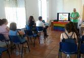 Se realiza un debate-fórum sobre la realidad y la diversidad de la condición humana dentro de las actividades por la igualdad del Colectivo LGTB
