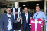Los concejales de Desarrollo Sostenible y Deportes renuevan su ilusion por el FC Cartagena
