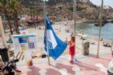 En las playas de Cartagena ya lucen las Banderas Azules y de Q de Calidad Turística