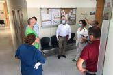 El Ayuntamiento instala material de protección en el consultorio de El Llano para que pueda abrir la próxima semana