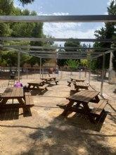 Nueva zona de actividades al aire libre y sombra vegetal en el CEIP Gin�s D�az - San Crist�bal
