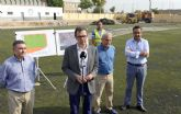 Arrancan las obras del campo de fútbol de Churra, que permitirán ampliar sus dimensiones y renovar el césped