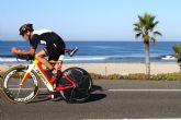 Graham Baxter, triatleta inglés residente en Totana, lidera el ranking mundial de su grupo de edad en medio Ironman