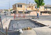 Comienzan las obras para instalar aseos públicos en la explanada del mercado semanal