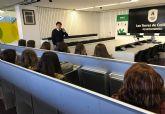 Los estudiantes de FP del IES 'La Florida' conocen la OMIC torreña