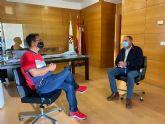 El presidente de D´Genes se reúne con el alcalde de Totana