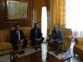 El cónsul de Marruecos ofrece su colaboración a la Asamblea Regional