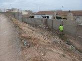 El personal del programa de los Consejos Comarcales realiza trabajos de mantenimiento de viales y espacios públicos durante estos últimos meses en el municipio