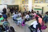 El Ayuntamiento pone en marcha una campaña de sensibilización contra el absentismo escolar en los centros educativos de Puerto Lumbreras