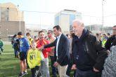 Vicente del Bosque inaugura las nuevas pistas de la UPCT en la Casa de la Juventud
