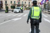 Policía Local y Guardia Civil intensifican los controles para hacer cumplir la circulación de trabajadores de actividades no esenciales que no pueden ir a su trabajo tras nuevo decreto