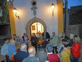 La campana de auroros 'Virgen del Rosario' torreña cumple con la tradición de los 'Mayos'