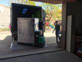 El PSOE de Archena entrega un palet de comida al banco de alimentos municipal para ayudar con la crisis de la Covid-19