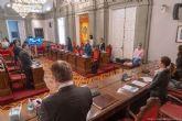 El coronavirus, la situación de la justicia, el castillo de Los Moros, los pasos de peatones inclusivos y el transporte escolar del IES Bohío, concitan la unanimidad de la Corporación