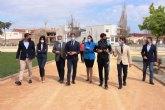 El graderío-vestuario del complejo deportivo Cuatro Vientos y la remodelación de la calle de la Vía de Fuente Álamo financiados por el POS de la CARM