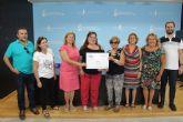 La asociación cultural Malas Compañías Teatro dona 4.095 euros a la junta local de la AECC