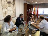 La consejera de Educación se reúne con el rector de la UMU para considerar nuevos escenarios de colaboración