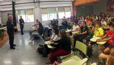 El programa 'Policía Tutor' conciencia a los escolares torreños contra el acoso y el ciberacoso