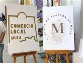 Presentados los nuevos distintivos para el Comercio Local y la Plaza de Abastos