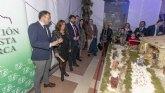 López Miras inaugura en el Palacio de San Esteban un belén tradicional realizado por la Asociación Belenista de Lorca