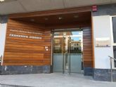 El PSOE pide implantar la cita previa para empadronarse en la oficina de San Cristóbal y evitar las largas colas de espera