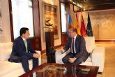 El alcalde solicita al presidente regional la ampliación del IES Mar Menor para concentrar los ciclos formativos
