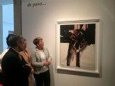 El Museo de Bellas Artes de Murcia expone hasta mediados de mayo la pintura de Manuel Millares ´Homúnculo´