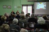Ecoembes y consumur informan sobre el consumo responsable a los mayores de San Pedro del Pinatar