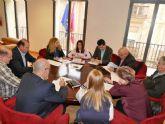 La Mesa de Dinamizacion Comercial propone a los empresarios instalar un desfibrilador en el centro y otro en el Cenit