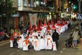 Pesar y aflicción en la solemne procesión del Santo Entierro
