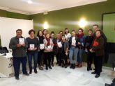 Mireya Ruiz presenta su primera novela 'La revolución comienza bajo la piel'