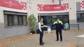 La Dirección General de Emergencias entrega a la Policía Local y Protección Civil varios lotes de mascarillas para su plantilla y voluntarios