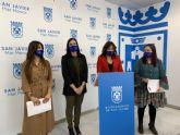 La directora general de Mujer y Diversidad de Género asiste a la puesta en marcha de la nueva itinerancia del CAVAX en San Javier