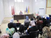 Los talleres de la concejalía de Servicios Sociales promueven la integración de 40 mujeres inmigrantes