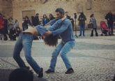 La propuesta de danza ´The walk´ invita a descubrir la poética del caminar a través de la danza