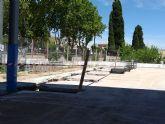 Comienzan las obras de ampliación de cubierta y adecuación del pavimento en la pista deportiva del CEIP Obispos García-Ródenas