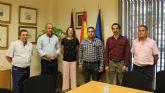 Agricultura recibe a una delegación de México para abordar la exportación de fruta de hueso a este país
