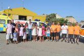 Los niños y niñas del Programa Vacaciones en Paz disfrutan de una jornada de convivencia en la base de Protección Civil