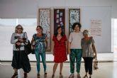 La exposición Volver a los 17 del festival La Mar de Músicas seguirá abierta unos días más en El Batel