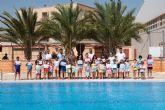 200 alumnos completan su formación en los cursos de natación municipales