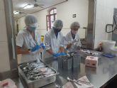 CaixaBank participa en el programa de voluntariado del Comedor Jesús Abandonado de Murcia